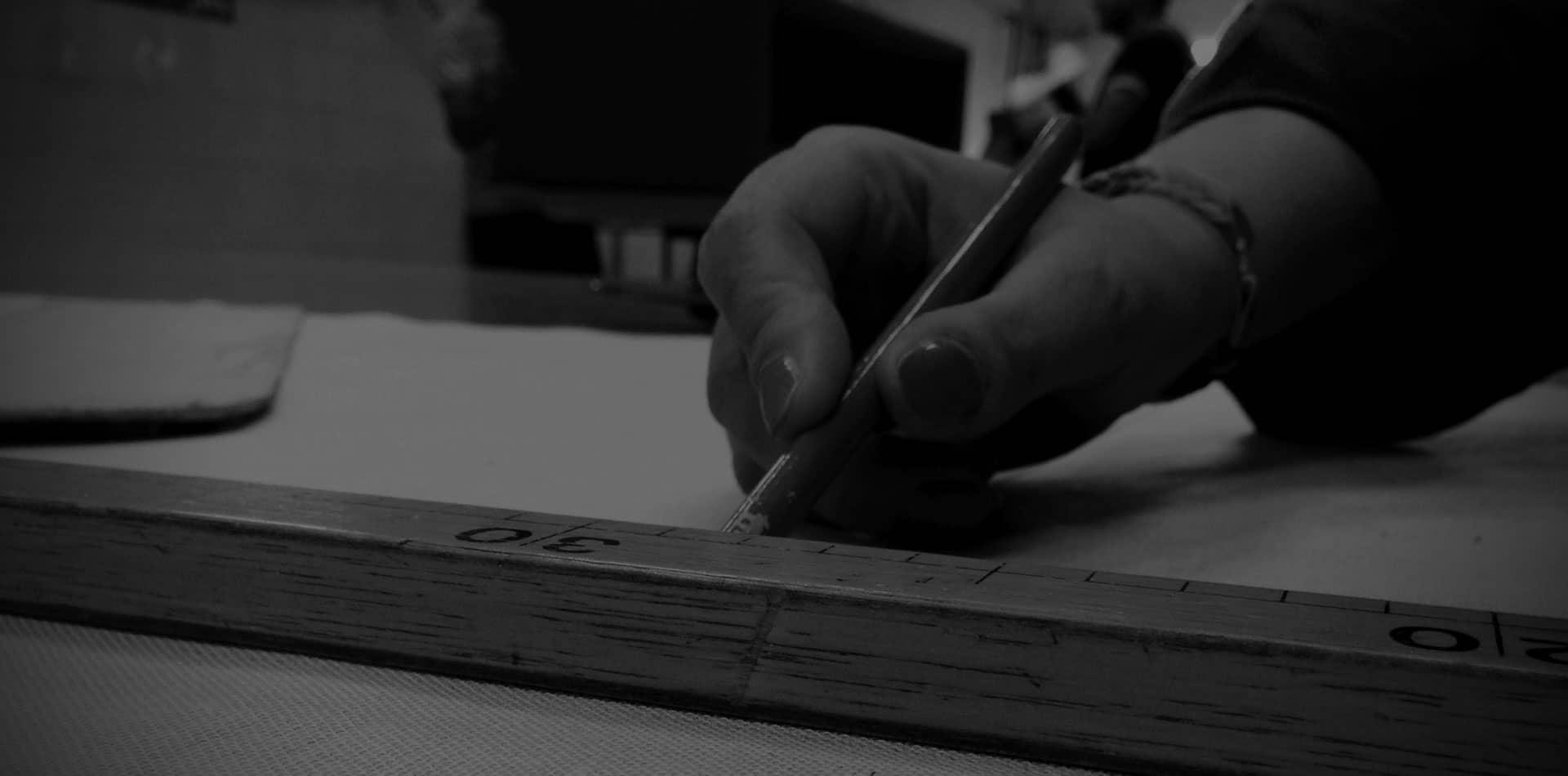 Ogni fase della produzione è realizzata artigianalmente a mano